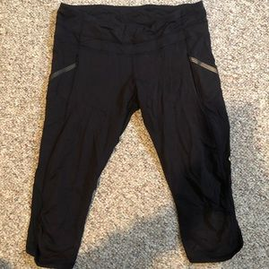 Lululemon cropped leggings- barely worn